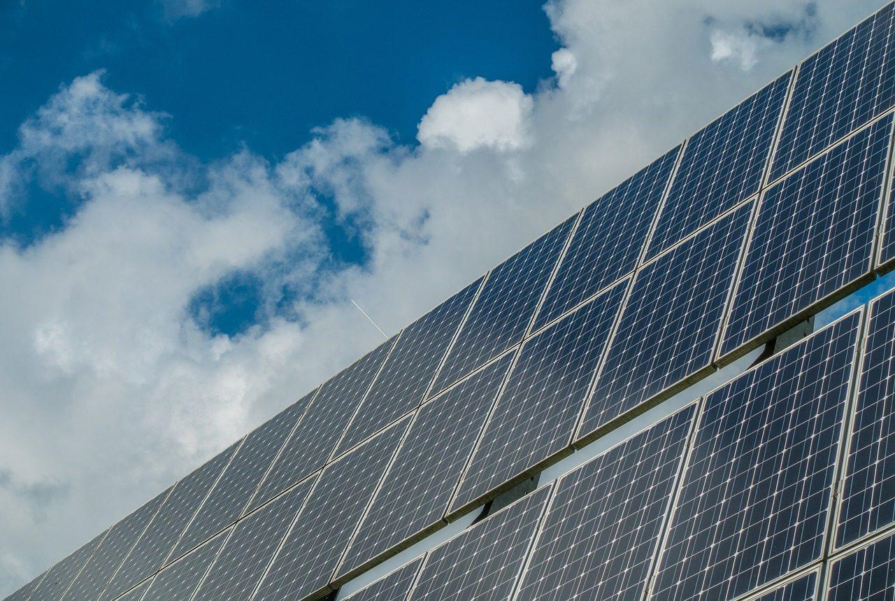 Aurinkopaneeli on fiksu sijoitus